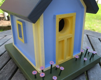 Birdhouse Cottage, Blue with Yellow Trim