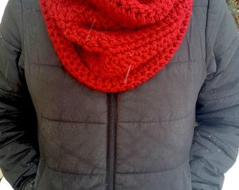 Red Cowl, Red Crochet Cowl, Crochet Cowl, Red Infinity Scarf, Chunky Scarf, Red Circle Scarf, Crochet Infinity Scarf, Chunky Infinity Scarf