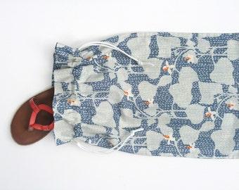 Liquid Sunshine & Ivy Travel Bag