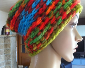 Hat, made of thick wool handmade