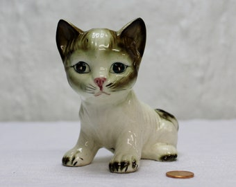 Adorable Vintage Japan Cat Figurine with Pink Nose
