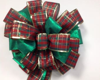 Classic Plaid Christmas Bow