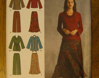 Simplicity Pattern - Womens Top, Pants, Skirt, Scarf - No. 3568