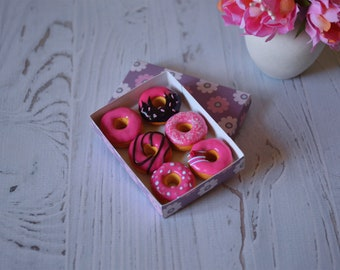 polymer clay donuts for bjd, miniature donuts, dollhouse food, bjd food, box of polymer clay donuts, polymer clay miniature