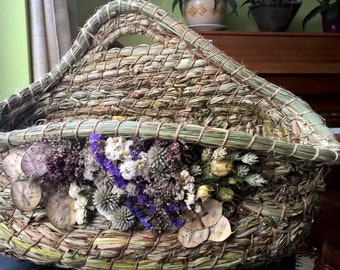 Herbal basket decorated with flowers