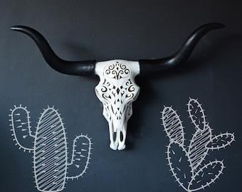 Faux cow skull, faux skull, faux taxidermy, southwestern decor, longhorn, faux longhorn, animal skull, decorative cow skull, home decor,