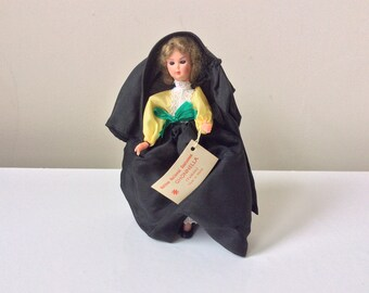 Vintage Maltese Traditionally Dress Doll Ghonnella