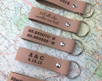 Mens leather leather keychain - personalized key fob - gift for him - boyfriend gift - husband gift - leather 3rd anniversary gift idea