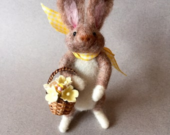 Rabbit Mother's Day gift with flower basket, wool rabbit, needle felted animal, felted bunny, spring animal, daughter gift, sweet bunny
