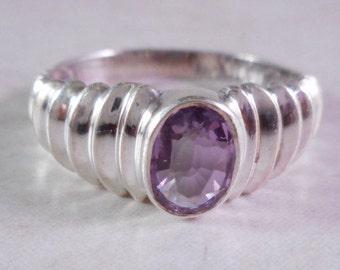 Vintage Sterling Silver Amethyst Raised Ribbed Ring Size 8 ,Silver Amethyst Ring