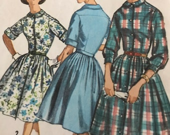 Vintage 1960's Proportioned Shirtwaist Dress---Simplicity 5232---Size 14  Bust 32