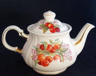 Vintage Sadler Teapot with Cherries