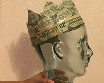 Money Crown for a King