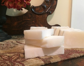 100% Grassfed Organic Beef Tallow Soap.