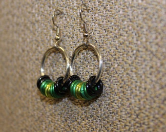 Aluminum and black and green mix earrings