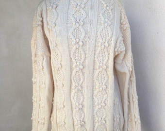 Wounded Bird Vintage cream knit sweater pullover plus button bottom sz M