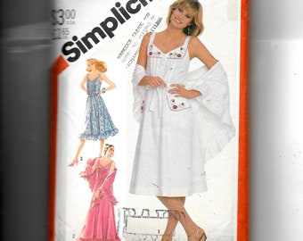 Simplicity Misses' Pullover Sundress In Two Lengths and Shawl  Pattern 5495