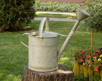 Large Vintage French Galvanized Zinc Watering Can, Bucket, Farmhouse Home Country, Living Décor, Rustic Garden Décor, Watering Can