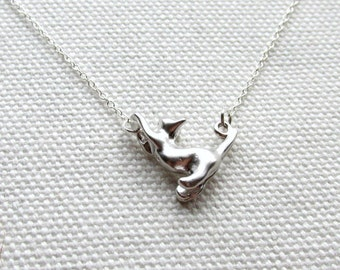 Silver Cat Necklace Sterling Silver Chain Cute Animal Jewelry Quirky Everyday Charm Necklace Dainty Minimal