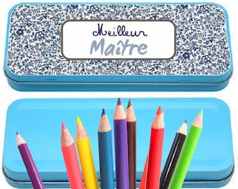 """A personalized """"best master"""" pencil box"""