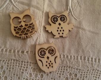 Set of 3 wooden owls / scrapbooking embellishments