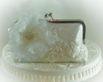 Vintage Bride / French Country Wedding / White Bridal Clutch / Gatsby / Downton Abbey / Garden Wedding / Summer Wedding