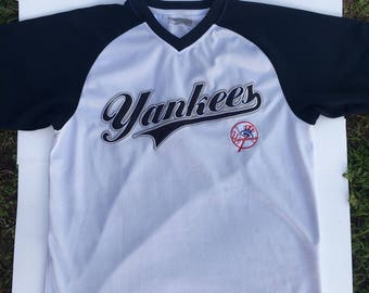 New York Yankees Pull Over Jersey