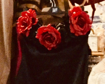 Strapless Dress with a décolletage of Roses