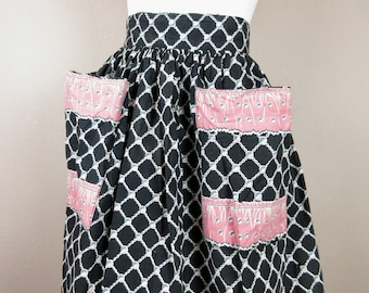 Vintage 1940s 1950s Cotton Skirt / Pink, Black Print / Wide Waist / Oversized Hip Pockets / Sz S / TLC, Wounded Bird