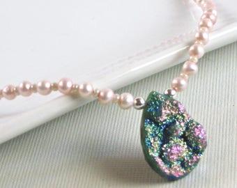 Druzy Jewelry - Titanium Druzy Quartz Pendant Necklace, Pearl Necklace
