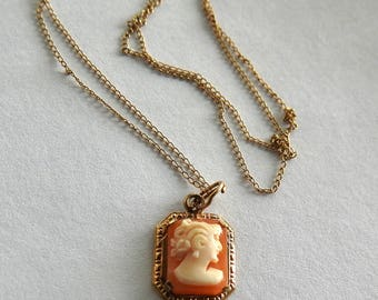 14K Carved Shell Cameo with 14K Chain