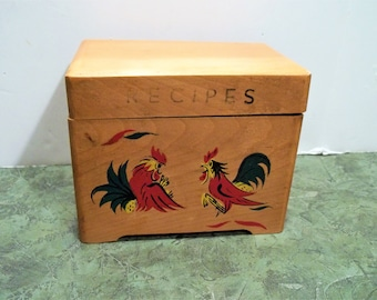Vintage Wooden Recipe Box , Alphabetized Index Cards,  Vintage Handwritten Recipes , Rooster Decor Hinged Lid