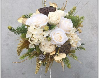 Ivory and gold bouquet, winter wedding bouquet, winter wonderland flowers.