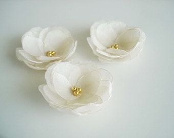 Silk flowers champagne bridal hair flower clips, Wedding hair accessory, Flower hair pins, Bridal hair flower gold pearl