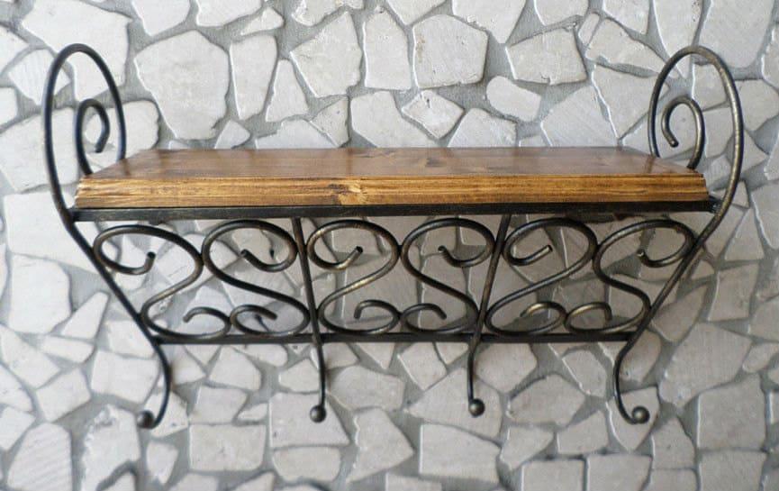 Mensola in ferro battuto e legno porta spezie con 4 ganci for Mensole in ferro battuto