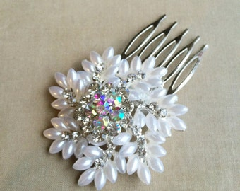 snowflake comb, SALE,christmas hair accessories,winter wedding, winter hair accessories,pearl,Snowflake, winter, snowflake hair clip