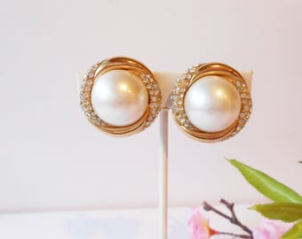 Dazzling CINER Rhinestone and Faux Pearl Earrings, Vintage Earrings, Pearl Rhinestone Earrings, Clip Earrings, CINER Pearl Earrings
