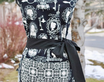 Victorian Style Reversible Apron