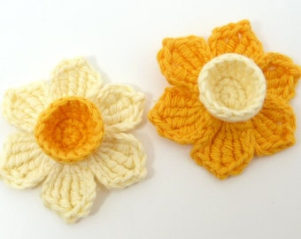 Crochet applique , crochet daffodils, 2 applique daffodils, cardmaking, scrapbooking, appliques, handmade, sew on patches. embellishments