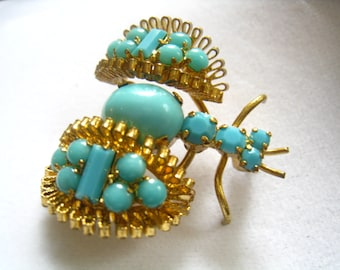 CLEARANCE Vtg Bee Brooch with Blue Plastic Prong Set Rhinestones & Gold Finished Body. Stylized Sidecar Wings with Fun Filigree Edges.
