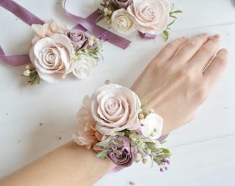 Flower wrist corsage,Lillac wrist corsage, Bridesmaids wrist corsage, Blush weddings, flower bracelet