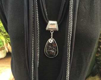 Designer black and silver spaghetti necklace with agate pendant