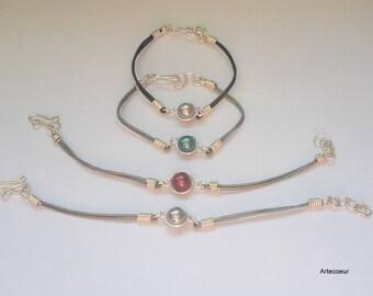 Bracelet délicat tendance minimaliste Nacre de Majorque fil de cuir et cuivre couleur au choix réglable cadeau pour elle