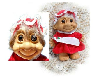 Troll doll - Vintage Russ Berrie Troll - Vintage Russ Mrs. Clause Troll Doll - collectible troll doll - Russ Berry collectible -  # 8