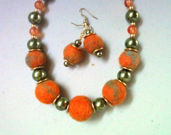 Chunky Orange and Olive Green Felt and Pearl Necklace and Earrings (0636)