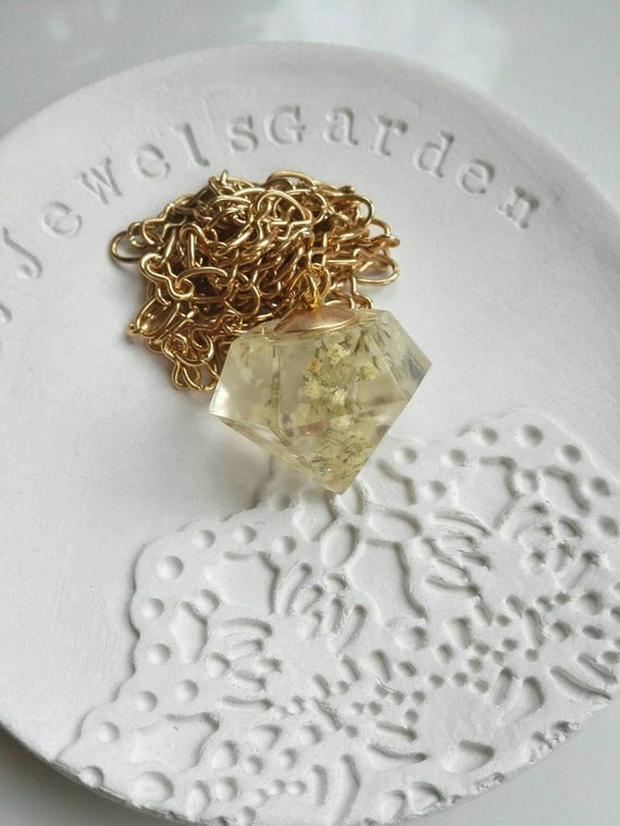 Gold geometric necklace. Long chain White pressed flowers resin terrarium pendant. Diamond faceted crystal quartz point. Statement jewelry