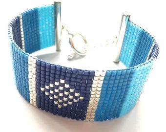 Lovely blue and silver bracelet woven with miyuki beads