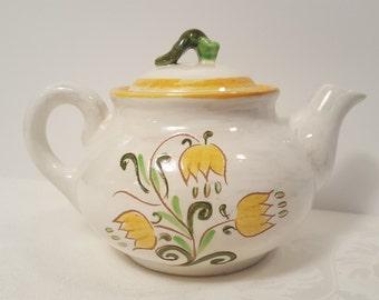 Stangl Terra Rose Yellow Tulip Teapot #3637