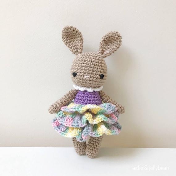 Lily the Bunny Amigurumi Pattern