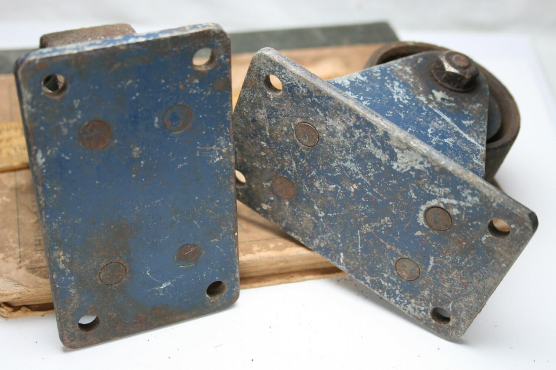 Vintage Metal Industrial ruedas - marcos de Metal y ruedas-Darnell ...